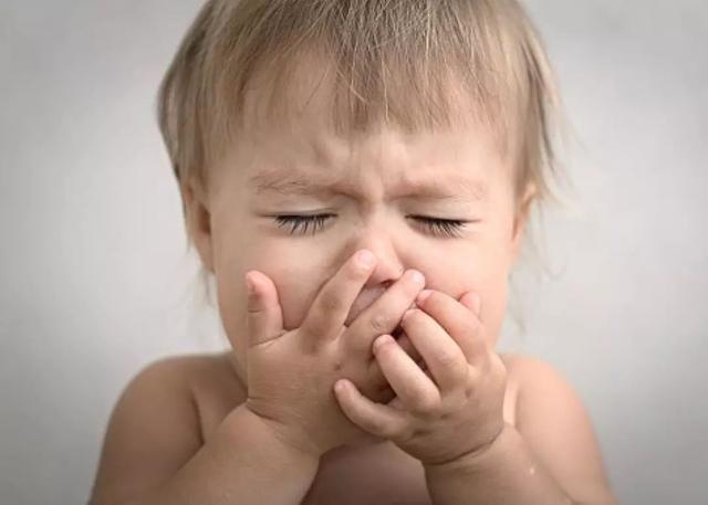 4招判断宝宝是肺炎还是普通感冒,这么好的方法