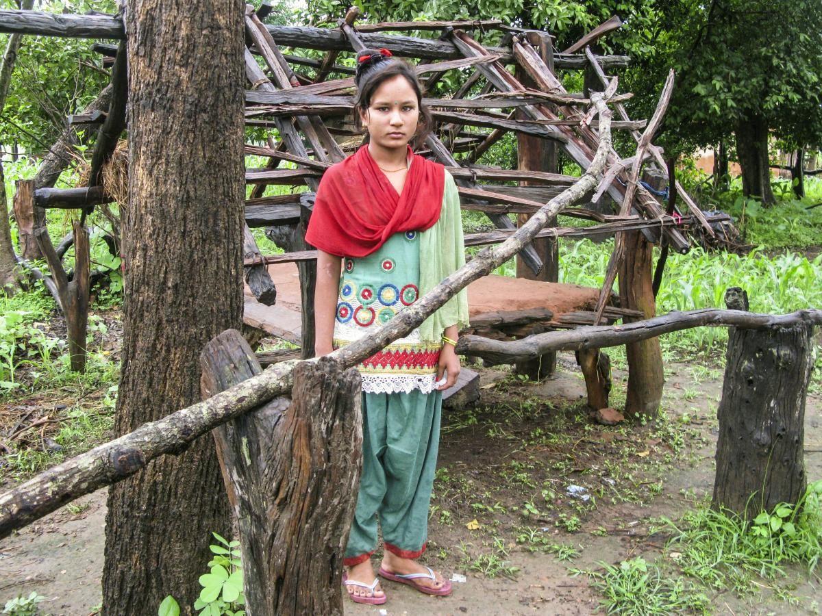 除了印度,这个国家的女性更是没有地位,每月来
