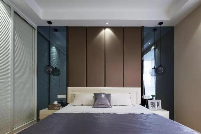 床头背景墙的软包设近年受到了越来越多年轻家庭的欢迎.图片