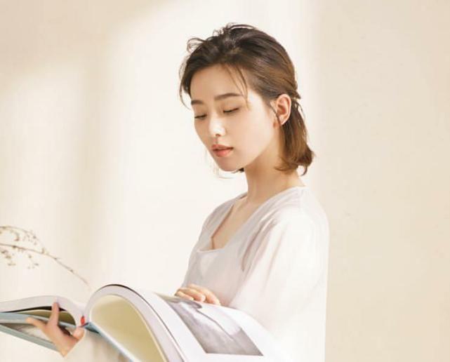 刘诗诗出道前旧照曝光,身着天鹅服饰太美了,网友:心动了!