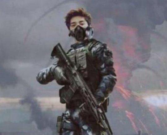 《上海堡垒》差评原因,鹿晗饰演军人留长发网友:还好没看