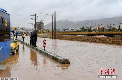 伊朗多地遭遇史无前例洪灾 已造成19人死近百人伤