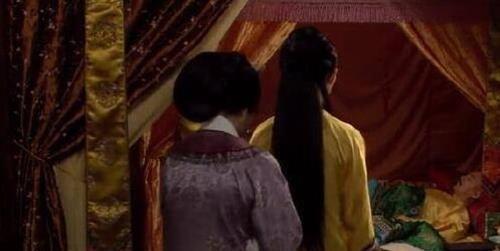 甄嬛传:皇后至死不知,她不孕的原因就在她每天盖得被子上!