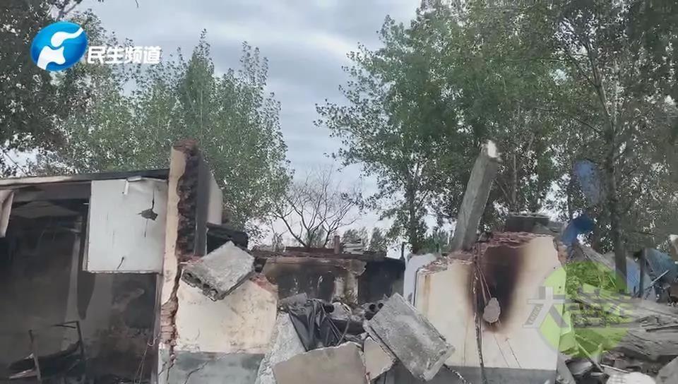 突发!新乡辉县一饭店爆炸起火 一男子重度烧伤当场死亡
