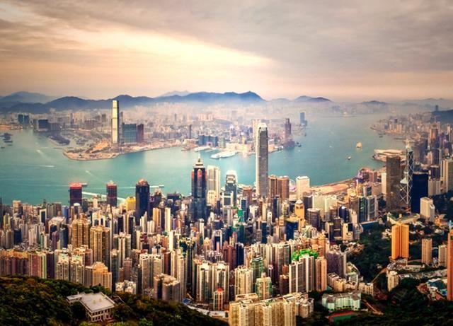 香港2018年楼宇买卖合约数跌5.5% 合约总值7