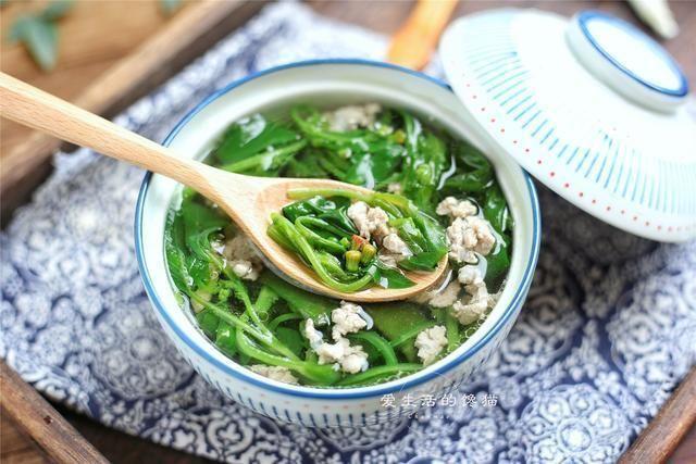 <b>立秋过后多喝这6道汤,营养美味,老少皆宜,一碗下肚,全身舒服</b>