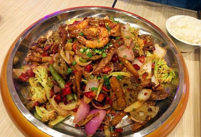 武汉商场里都有哪些手机?再也视频愁逛街吃啥不用神舟美食图片
