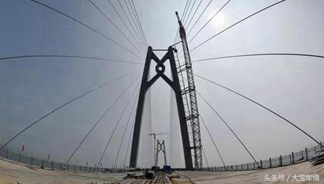 珠港澳大桥被指 无法通车,只能观赏 我国超级工程怎么了