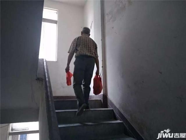 旧楼加装电梯补贴,河源还要等多久?市民的态度是……