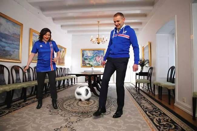 """总统专访引发""""冰岛旋风""""我们应该怎么重新"""