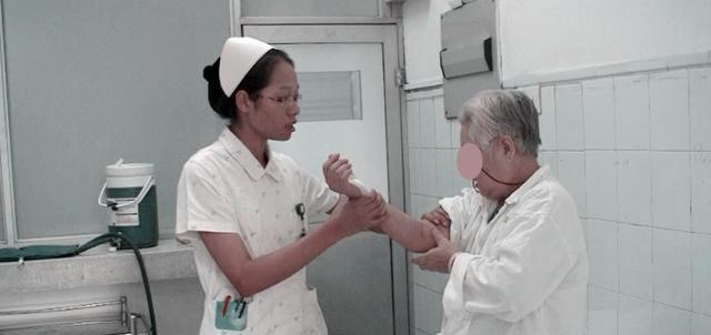 肩袖损伤一定要做关节镜手术吗?医生辟谣:要结合多种因素判断