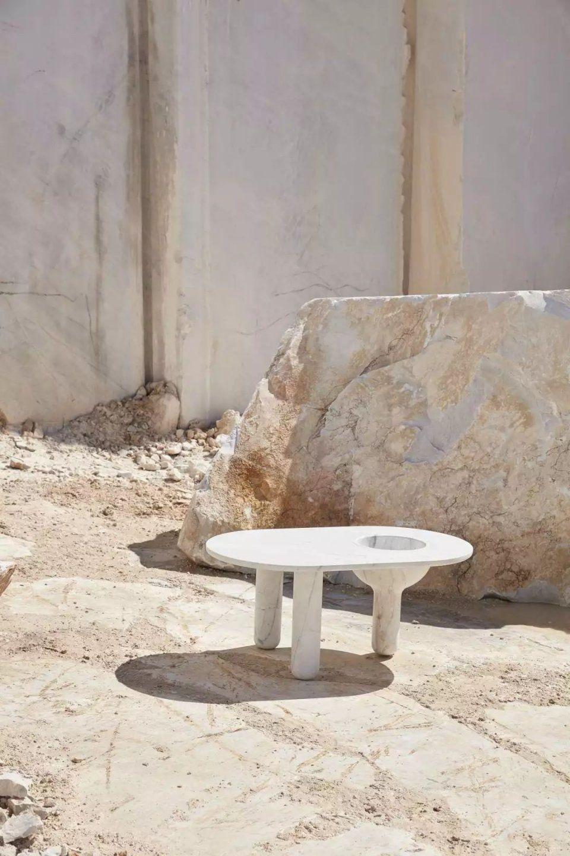 这是大理石家具独有的美贵橡木谁枫木家具图片
