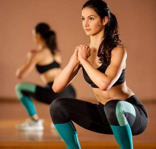 痛经时有发生,经常在家做4种运动,促进血液循环,远离痛经