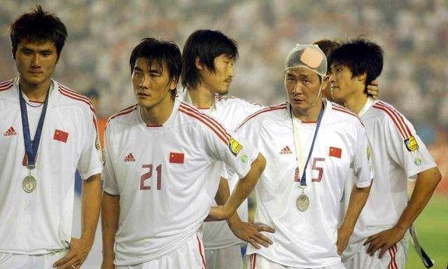 实况足球手游 如果中国球员也能出传奇,你最希