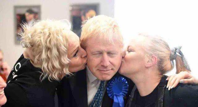 <b>英国新首相首条命令颁布,皇家御猫失宠,唐宁街或将上演猫狗大战</b>