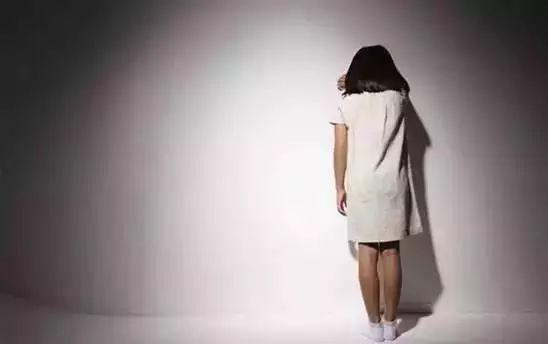 上海17岁男孩跳桥身亡:背后原因让人痛心